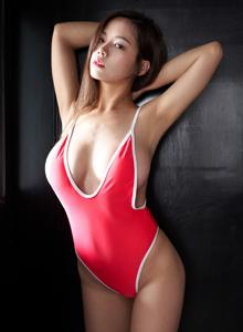 蜜桃社丰满巨乳性感美女模特Luffy菲菲写真图片