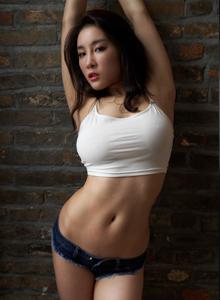 蜜桃社性感尤物美女模特珊淇私房大尺度写真图片