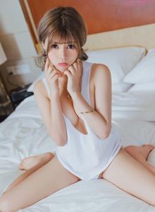 Toutiaogirls头条女神性感美女模特白甜私房写真图片