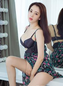Ugirls尤果网时尚性感美女模特李颜儿私房写真套图