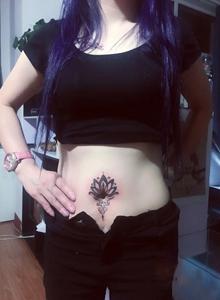 招财猫蒲公英骷髅玫瑰时尚女生纹身图案大全