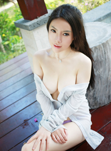 性感美女模特潘娇娇泳装比基尼无圣光写真套图
