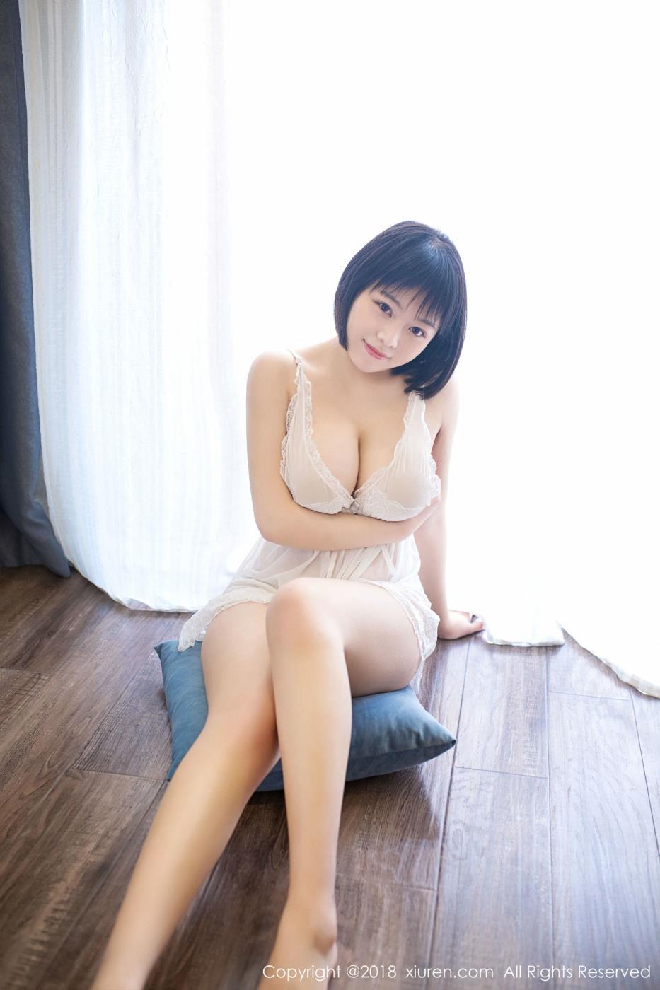 秀人网童颜巨乳少女赤间菀枫美腿诱惑高清写真套图