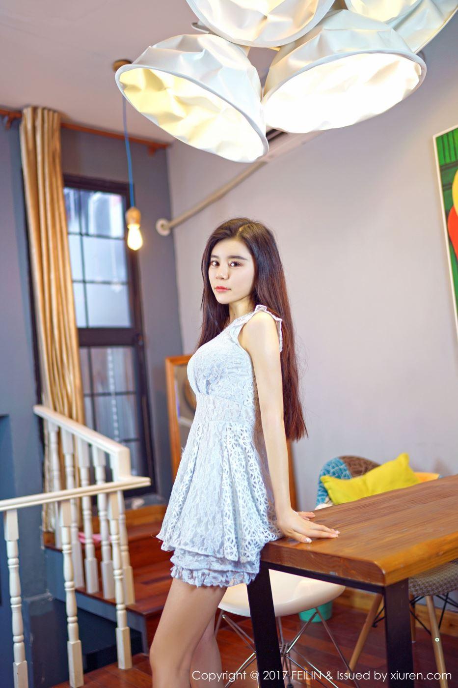 清秀佳丽长发清纯美女嫩模gary维爱一袭长裙写真套图