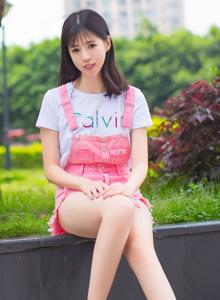 秀人网模特艾栗栗清纯美女修长美腿小清新唯美写真