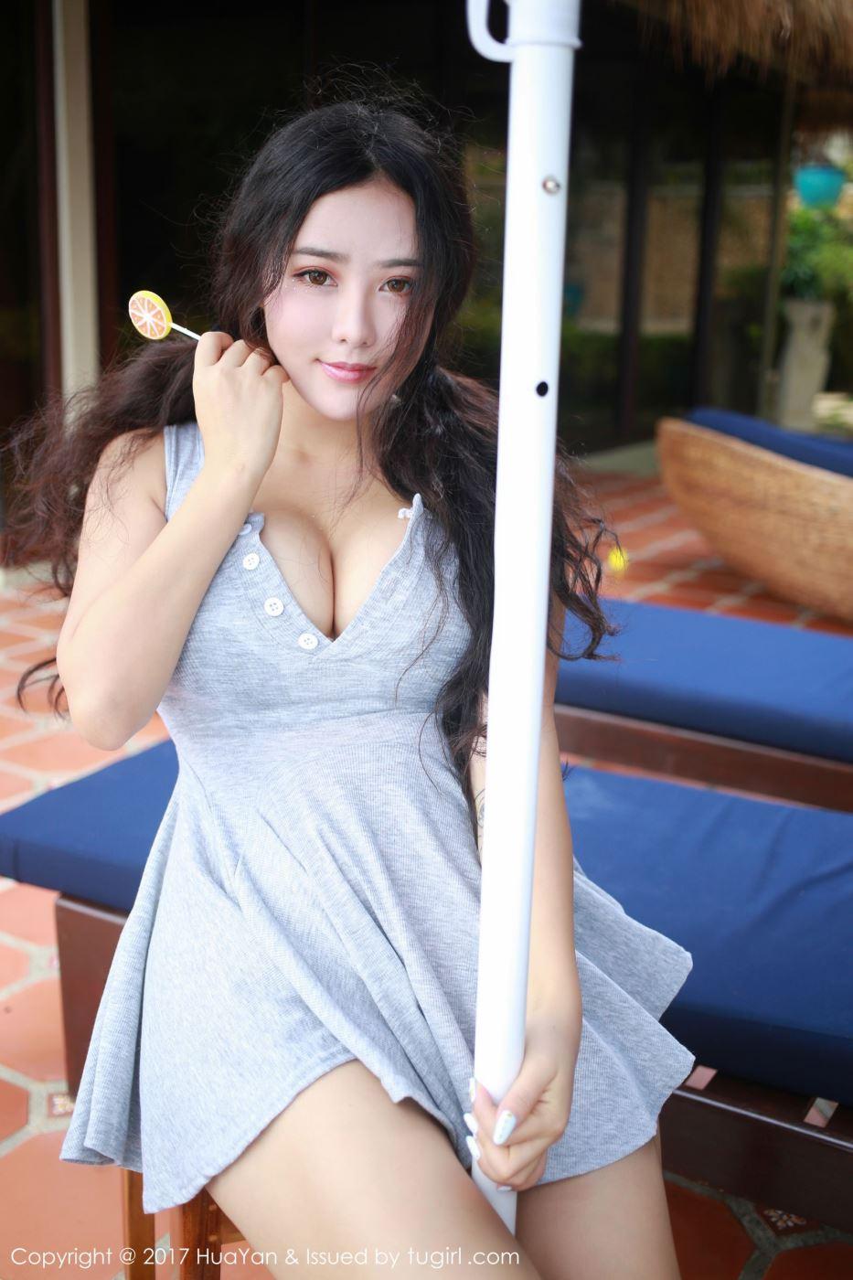 花の颜童颜巨乳嫩模玛鲁娜甜美可爱超短裙抚媚写真