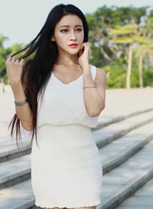 清纯美女嫩模詹艾葳Avril时尚靓丽街拍高清写真图片