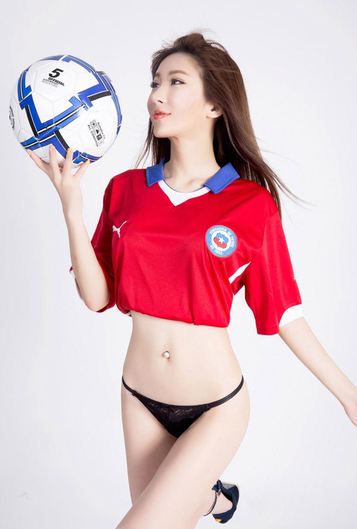 尤果网足球宝贝诗朵雅性感美女丁字裤诱惑写真套图