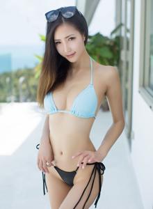 尤蜜荟宅男女神Yumi尤美比基尼诱惑性感美女写真