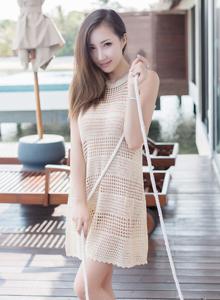 尤蜜荟Yumi尤美性感迷人美女模特真空诱人写真图片