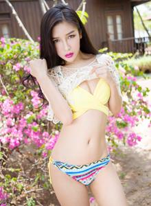 魅妍社性感美女戴小唯酥胸美腿诱人小清新系列写真