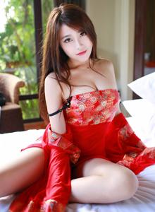 花の颜巨乳美女许诺Sabrina性感古风内衣诱惑写真套图