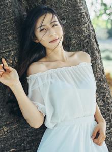 若夏日骄阳般灿烂连衣裙少女海边沙滩小清新写真图片