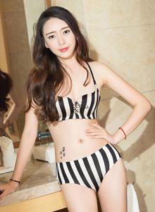 克拉女神时尚性感模特珊珊黑白条纹内衣诱惑写真套图