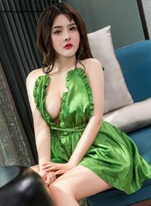 头条女神杨漫妮性感巨乳美女嫩模私房魅惑写真套图