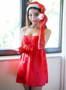 迷人气质性感美女徐妍馨俏皮可爱圣诞节装扮写真