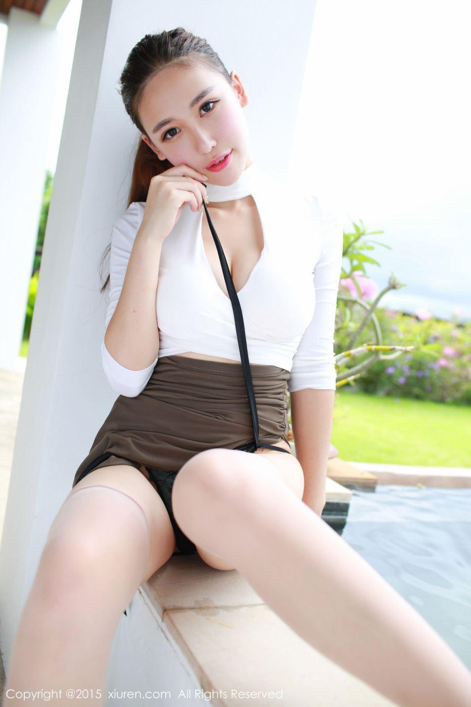 秀人网丝袜美女熊吖BOBO性感修长美腿高清图片
