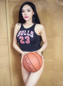头条女神篮球宝贝珞可可性感美女爆乳大尺度套图