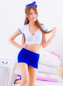 台湾美女模特Winnie小雪空姐制服诱惑修长美腿写真
