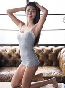 日本性感美女青山美琦(青山めぐ)内衣诱惑极度私房套图