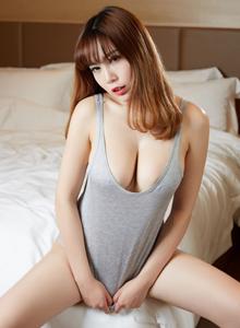 蜜桃社巨乳美女沐子熙私房吊带睡衣性感尤物写真图片