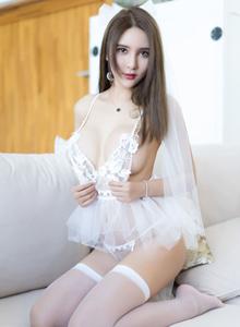 尤蜜荟白丝女神SOLO-尹菲丝袜大长腿情趣内衣写真