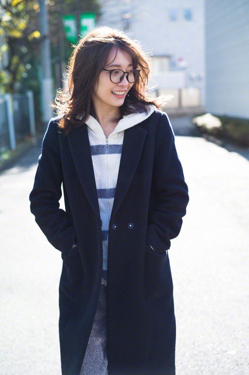 日本美女山崎真实泳装模特儿时尚小清新写真图片