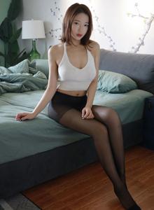 模范学院丝袜美女模特栗子Riz性感黑丝诱惑私房写真