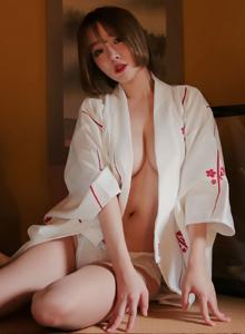 波萝社短发美女尤物王语纯和服主题乳沟诱人写真图片