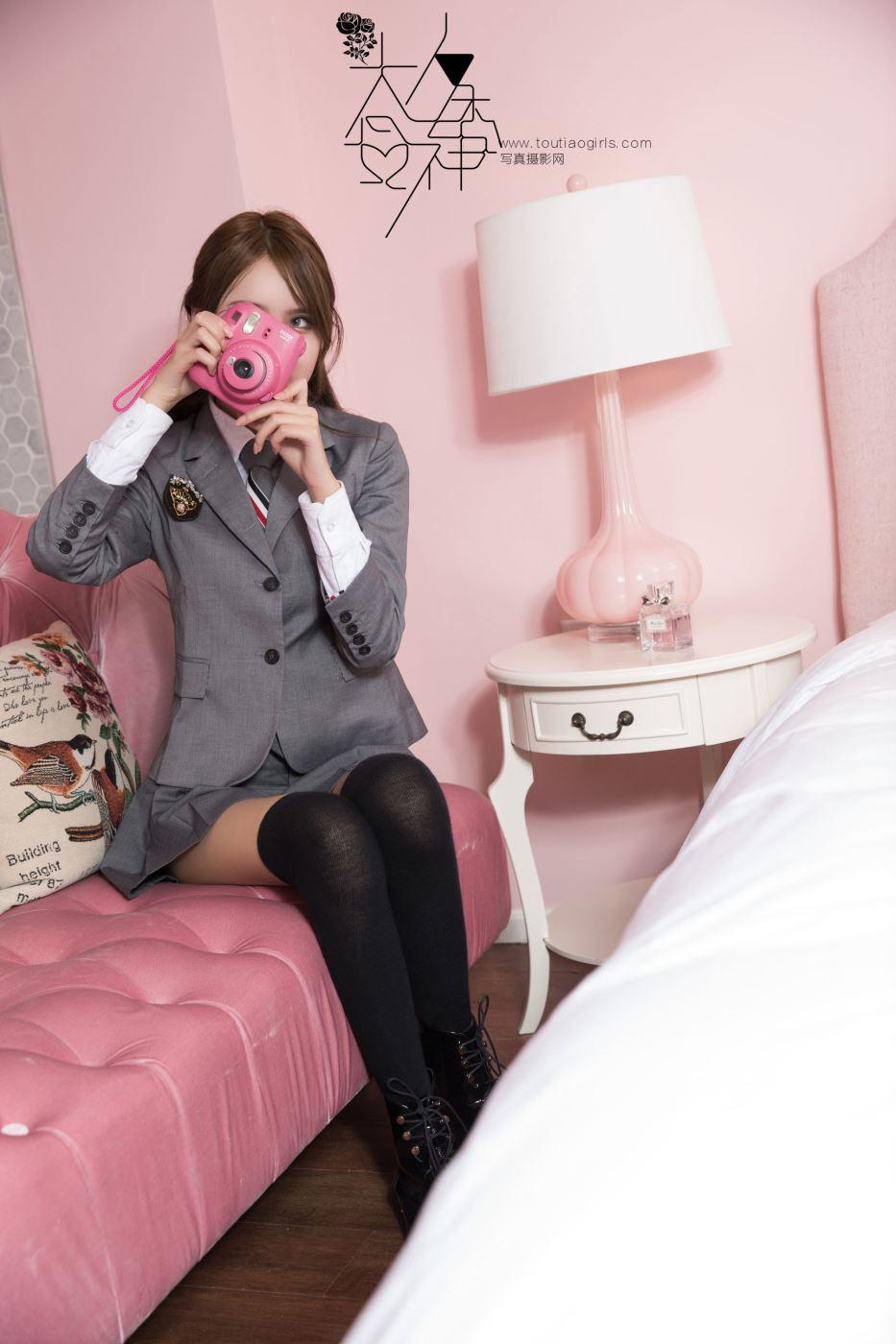 校园制服女神梁芮溪黑丝长筒袜小清新美女私房写真图片