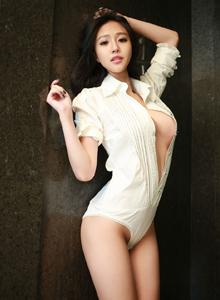 傲人爆乳嫩模美媛馆蕾丝猫于大小姐性感御姐身材火辣诱惑图片