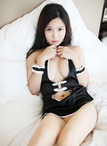 大胸美女徐微微情趣内衣福利特辑 肥臀无圣光私房套图