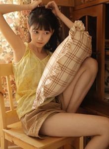 居家女友系列大长腿美女萝莉诱人私房高清写真图片