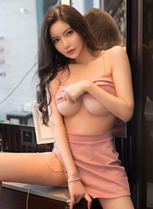 星颜社性感巨乳美女李妍曦肉感十足火辣身材凹凸别致美女图片