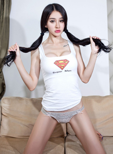 嗲囡囡极品美女萌妹子Cheryl青树蕾丝胖次修长美腿图片