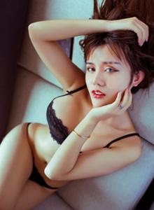 妩媚尤物Cris卓娅祺秀人网性感蕾丝美女肥臀诱人无圣光