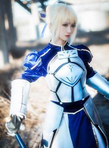 Fate/Stay Night御姐鳗鱼霏儿Cosplay阿尔托莉雅图片