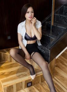 尤物馆极品美女Luffy菲菲黑丝兔女郎制服诱惑图片