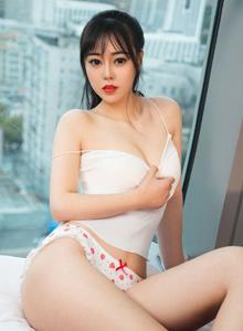 爱尤物性感模特灵微微翘臀美女内衣诱惑大尺度写真