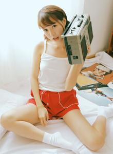 90后网红小仙女甜美清纯妹子修长美腿私房高清写真图片