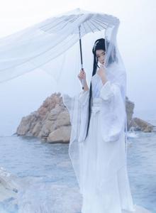 二次元小姐姐月潋寒殇古风汉服美女摄影写真图片