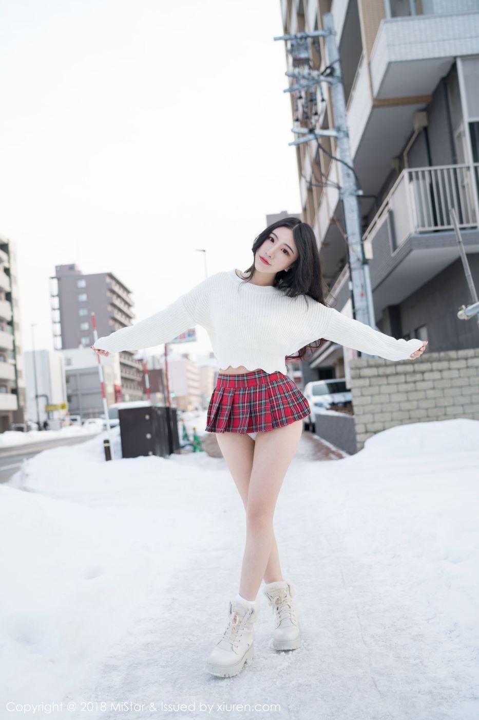 魅妍社谢芷馨绯月樱Cherry小清新美女超短裙性感大长腿写真