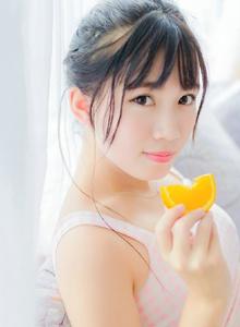 白皙养眼小仙女酥胸诱人俏皮可爱清纯美女写真图片