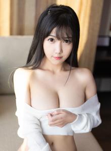 秀人网童颜巨乳女神徐微微大尺度美胸性感美女图片写真