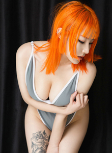 爱尤物模特张团团性感纹身美女白嫩翘臀大尺度诱惑写真图片