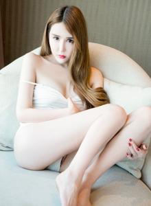 推女神模特伍月yuer性感美女内衣诱惑白嫩大长腿足控写真