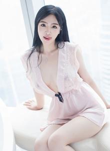 星乐园性感美人刘钰儿宅男女神丰乳翘臀白丝美腿大尺度魅惑