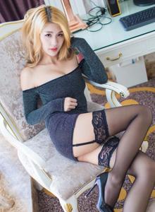 星乐园长发美女御姐酸酱兔性感黑丝诱惑白嫩美腿写真图片