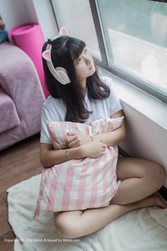 激萌文化周闻可爱小萝莉女友系列清纯美少女居家写真图片