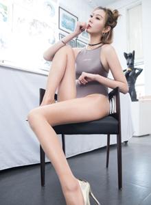 MISSLEG蜜丝付艺轩肉色性感丝袜美腿死库水美女写真套图